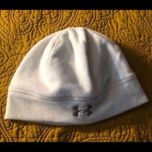 Snow white hat